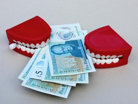 « L'orage du divorce » gronde  ? voici 5 conseils financiers pour vos intérêts